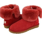 100% Sheepskin Bailey Button UGG